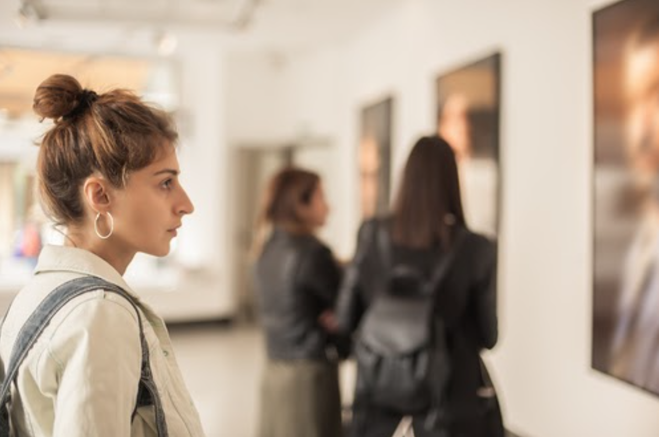 Step into a Virtual Art Gallery